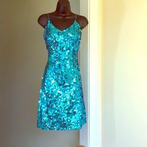 PARIS by TONY BOWLS sz 4 turquoise sequin dress